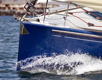 Bootsversicherung: Segelboot auf dem Törn