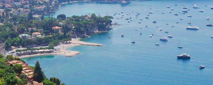 Segeln Côte d'Azur: Luftansicht der Küste
