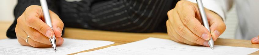 Unterschreiben des Crewvertrags