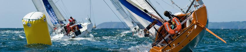 Risikolebensversicherung: Rettungsboot auf See