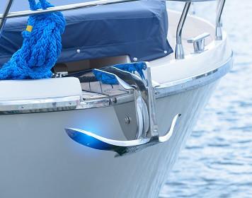 Segelboot mit Anker