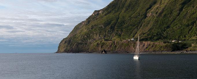 Felsenküste Segeln Azoren