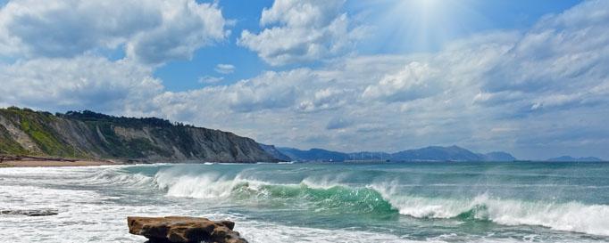 Segeln Biskaya: Wellengang und Sonne