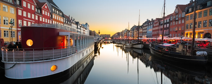 Segeln Dänemark: Anlegestelle am Kanal