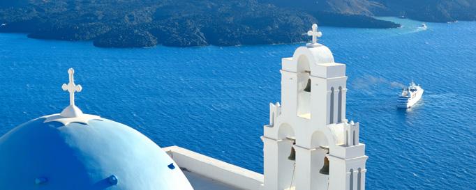 Segeln Griechenland: Kapelle vor blauem Meer