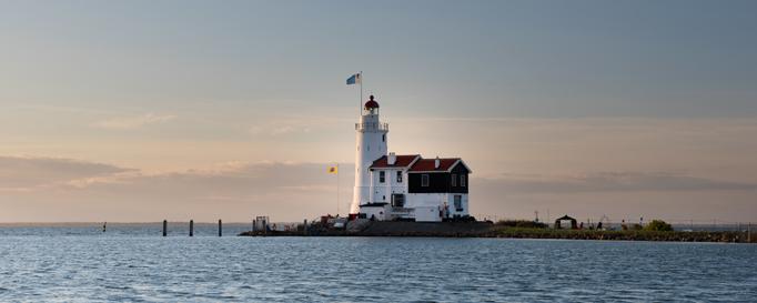 Segeln Ijsselmeer: Weißer Leuchtturm