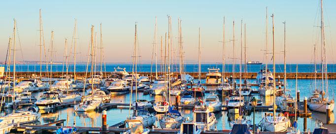 Segeln Portugal: Segelboote im Hafen