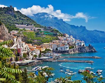 Panorama: Segelsaison in Italien