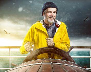 Skipper lenkt Segelboot: Skippertraining macht Bootsführer fit